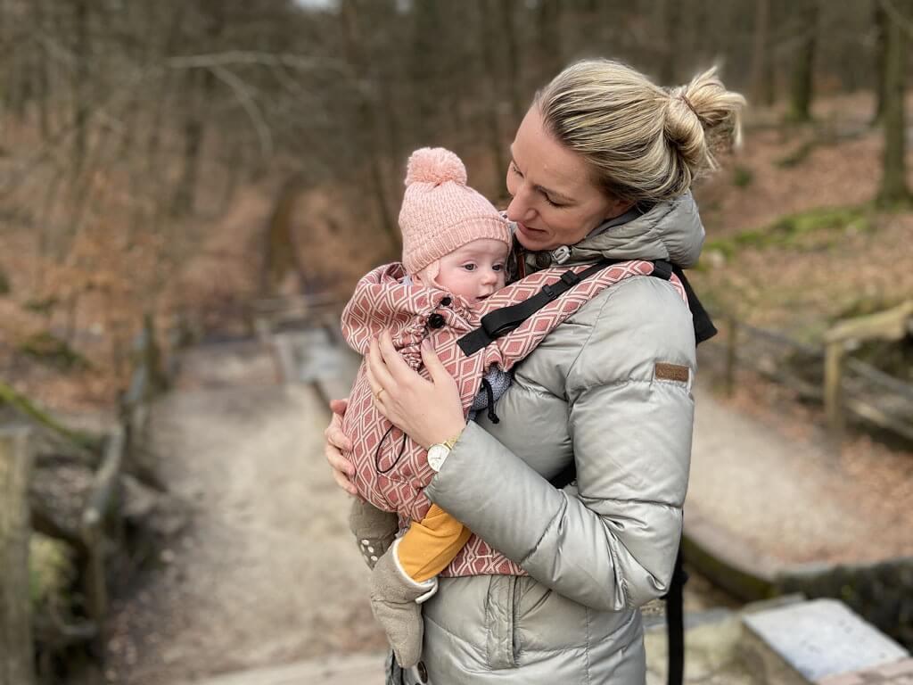 Kidseropuit.nl test de Neko Switch baby draagzak